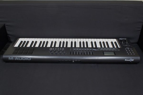Фото 2 - M-Audio MIDI Axiom 61 (used).