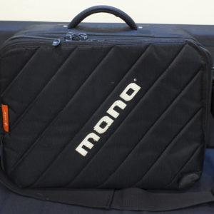 Фото 14 - MONO M80 Series Club 2.0 Pedalboard Bag + Fatt Board + Case (used).