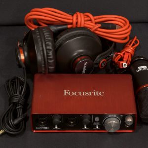 Фото 7 - Focusrite Scarlett 2i2 Studio 2nd Gen (used).
