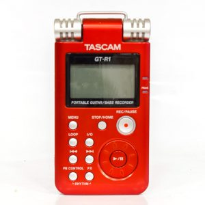 Фото 6 - Tascam GT-R1 Portable Guitar/Bass Recorder (used).