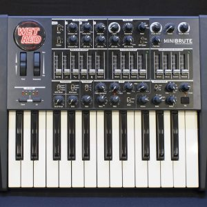 Фото 14 - Arturia Minibrute Analog Synthesizer (used).