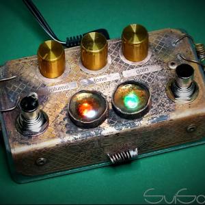 Фото 5 - SviSound RetroZoid GF Germanium Fuzz Steampunk Art Edition.