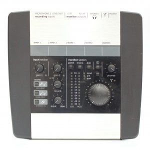 Фото 18 - Audient EVO 4 Аудиоинтерфейс.