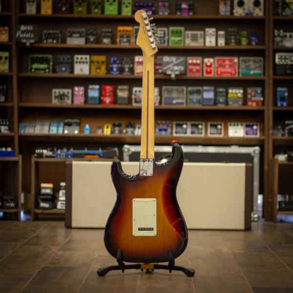 Фото 2 - Fender AM PRO Strat HSS Shaw RW 3TS (used).