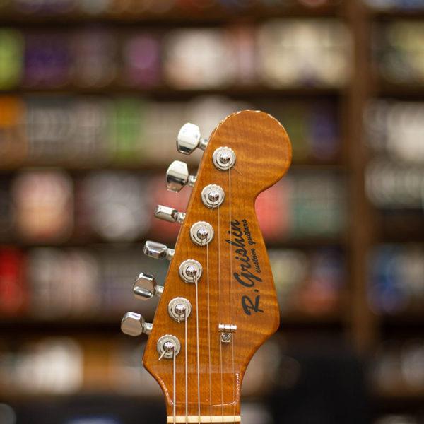 Фото 5 - R. Grishin Custom Stratocaster Surf Green.